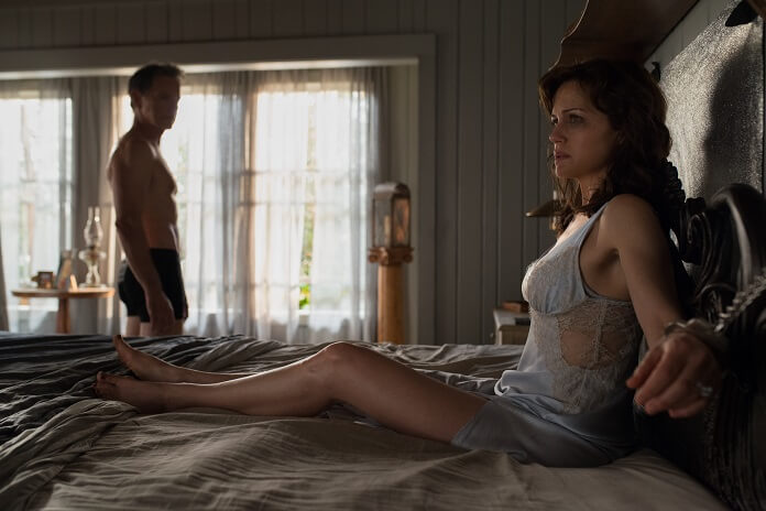 Gerald's Game trailer: Carla Gugino is a little tied up right now