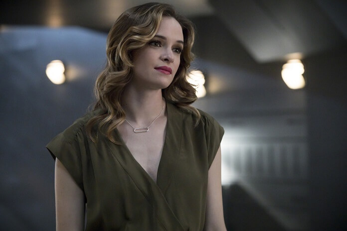 Photos Arrive For Episode 4.02 of The Flash