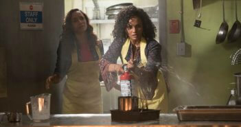 Dania Ramirez and Mekia Cox in 'Once Upon a Time' season 7 episode 5 (ABC/Jack Rowand)