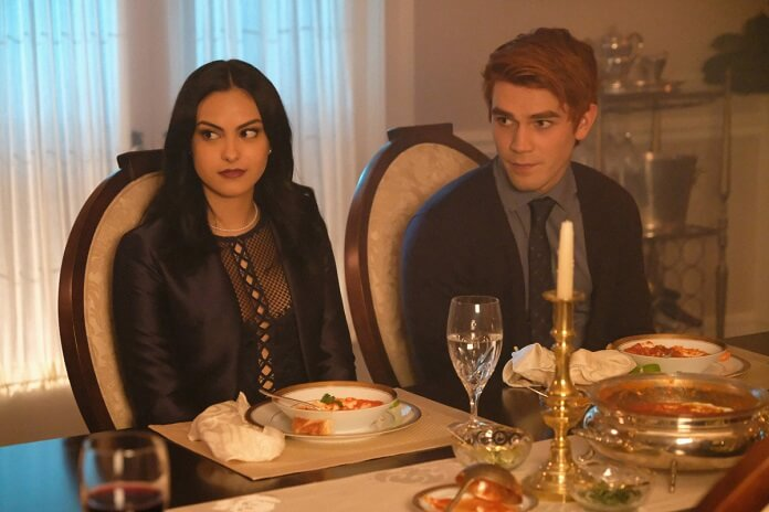 Riverdale Season 2 Episode 3 Preview: Photos, Trailer, and ...