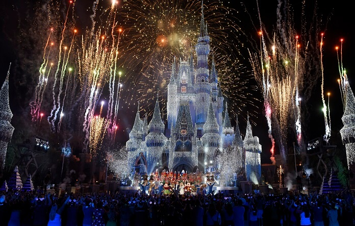 Holiday Specials Wonderful World of Disney Magical Holiday Celebration