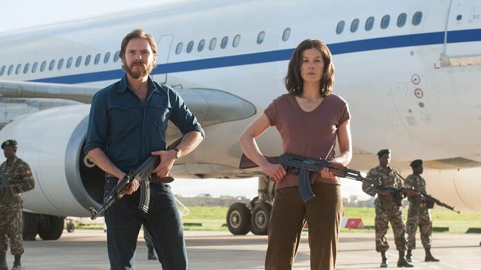 Daniel Brühl Fly Into Danger In The Entebbe Trailer