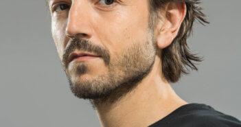 Diego Luna stars in Narcos