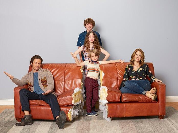 Splitting Up Together Cast