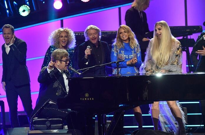 Elton John Grammy Salute Performers