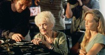 Gloria Stuart Biography