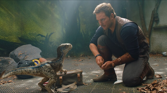 Jurassic World: Fallen Kingdom Chris Pratt and Velociraptor