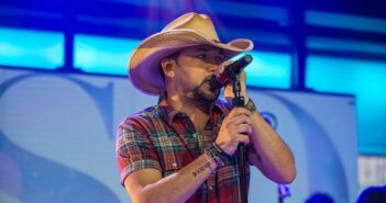 The Voice Season 14 Finale Performer Jason Aldean