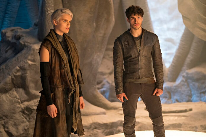 Krypton stars Cameron Cuffe and Wallis Day