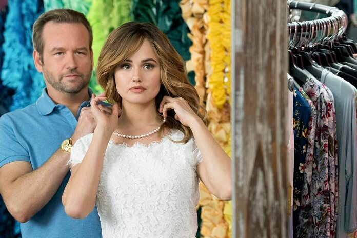 Insatiable stars Debby Ryan and Dallas Roberts