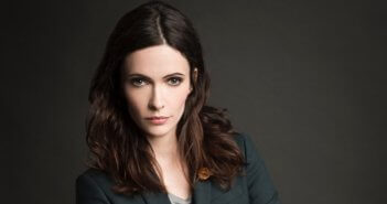 Elizabeth Tulloch is Lois Lane