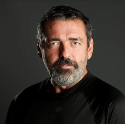 Angus Macfadyen joins Strange Angel