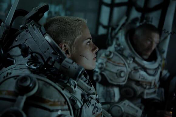 Underwater star Kristen Stewart