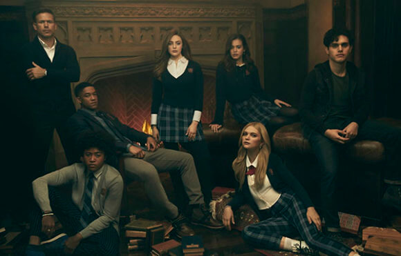 Matthew Davis, Quincy Fouse, Peyton Alex Smith, Danielle Rose Russell, Kaylee Bryantl, Jenny Boyd, and Aria Shahghasemi in 'Legacies' (Photo: Miller Mobley © 2018 The CW Network)