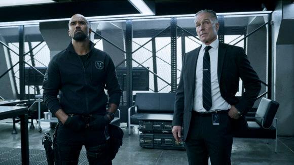 SWAT Season 4 Episode 8